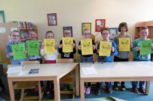 Die Lesewettbewerb-Teilnehmer der 3. Klassen.